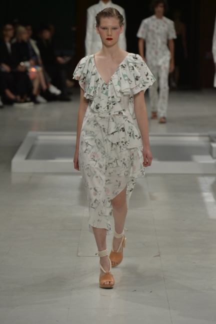 chalayan-paris-fashion-week-spring-summer-2015-12
