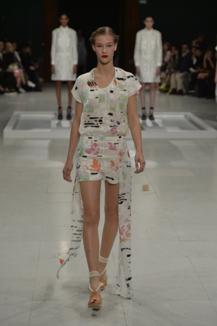 chalayan-paris-fashion-week-spring-summer-2015-19