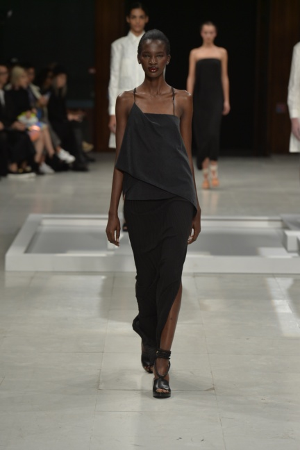 chalayan-paris-fashion-week-spring-summer-2015-24