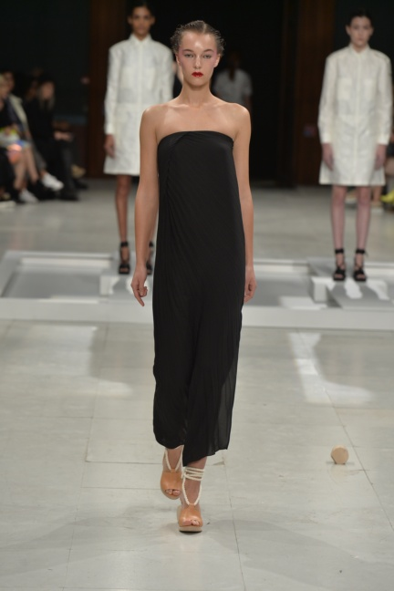 chalayan-paris-fashion-week-spring-summer-2015-25