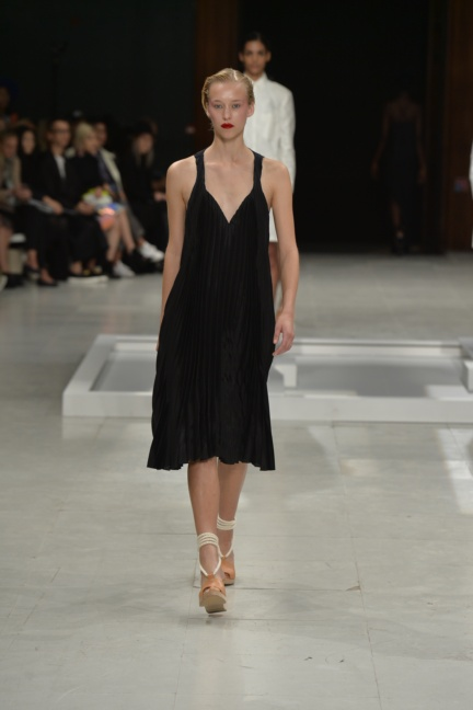 chalayan-paris-fashion-week-spring-summer-2015-26