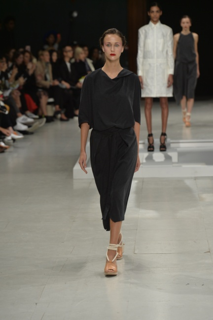 chalayan-paris-fashion-week-spring-summer-2015-28