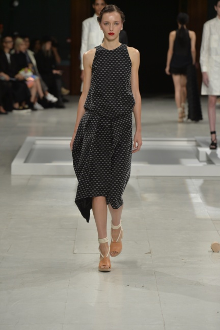 chalayan-paris-fashion-week-spring-summer-2015-29