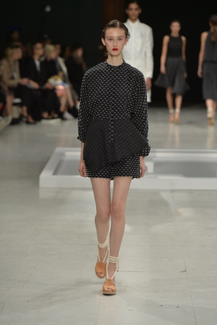 chalayan-paris-fashion-week-spring-summer-2015-31