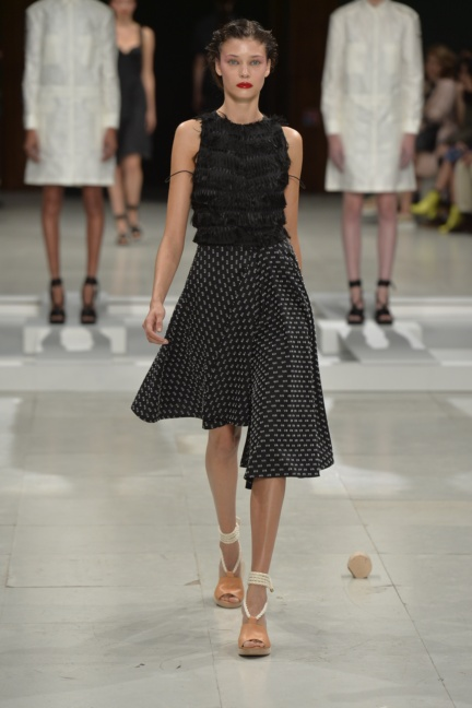chalayan-paris-fashion-week-spring-summer-2015-32