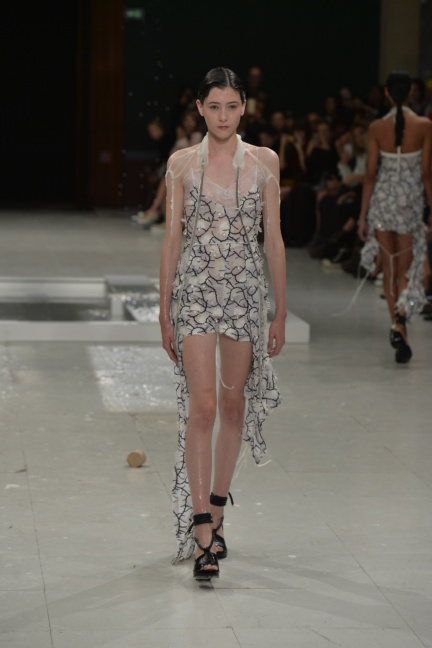 chalayan-paris-fashion-week-spring-summer-2015-39