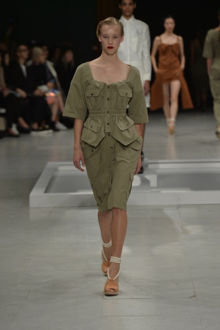 chalayan-paris-fashion-week-spring-summer-2015-4