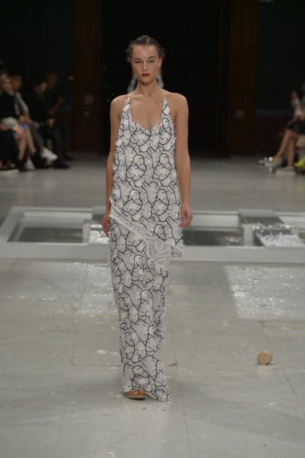 chalayan-paris-fashion-week-spring-summer-2015-40