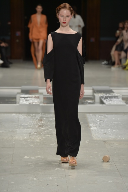 chalayan-paris-fashion-week-spring-summer-2015-54