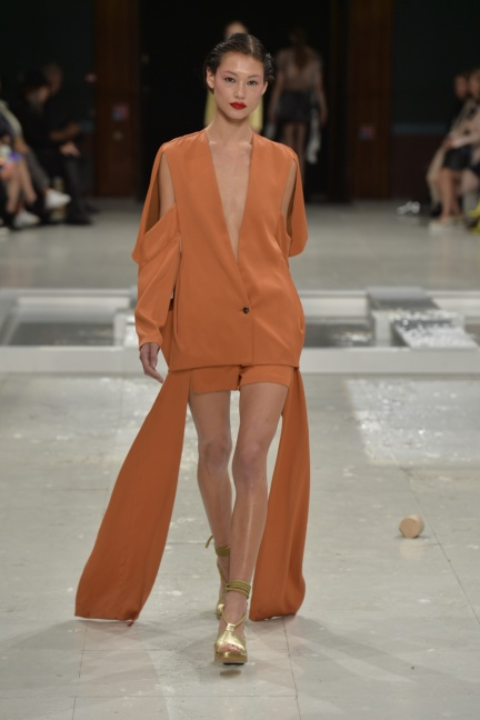 chalayan-paris-fashion-week-spring-summer-2015-55