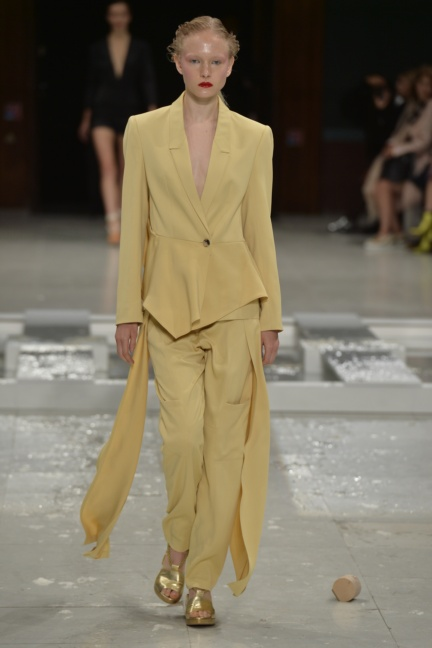 chalayan-paris-fashion-week-spring-summer-2015-56