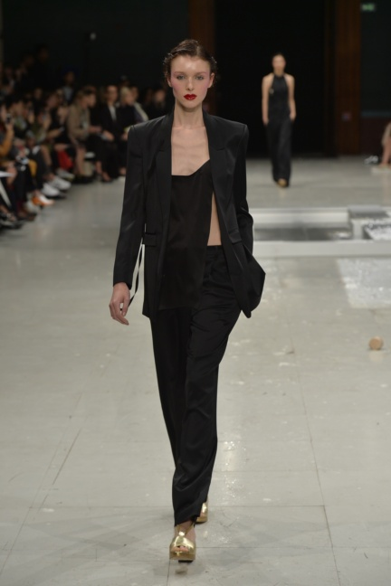 chalayan-paris-fashion-week-spring-summer-2015-58