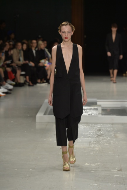 chalayan-paris-fashion-week-spring-summer-2015-60