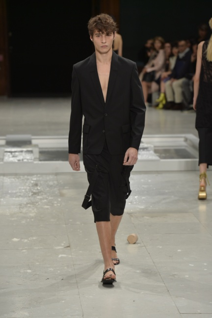 chalayan-paris-fashion-week-spring-summer-2015-61