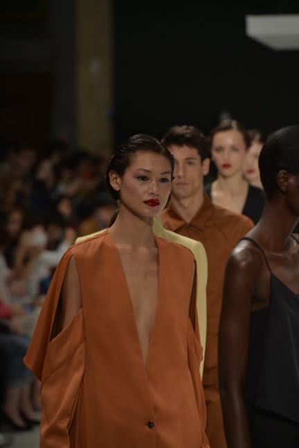 chalayan-paris-fashion-week-spring-summer-2015-63
