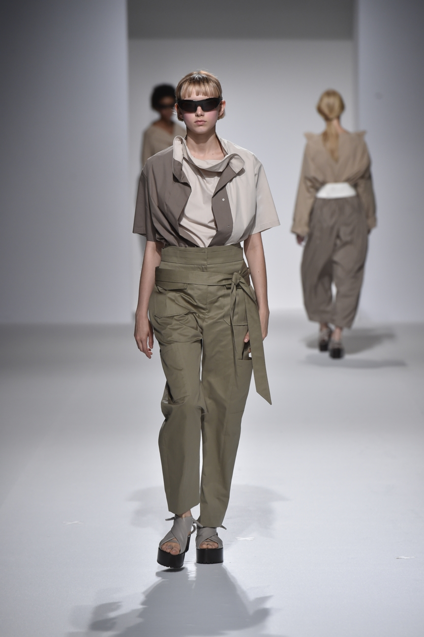 chalayan-look-17