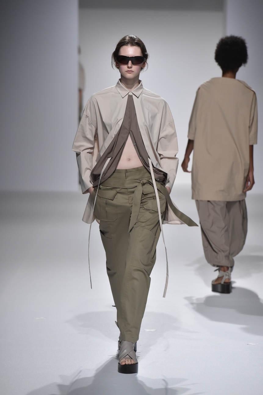 chalayan-look-19