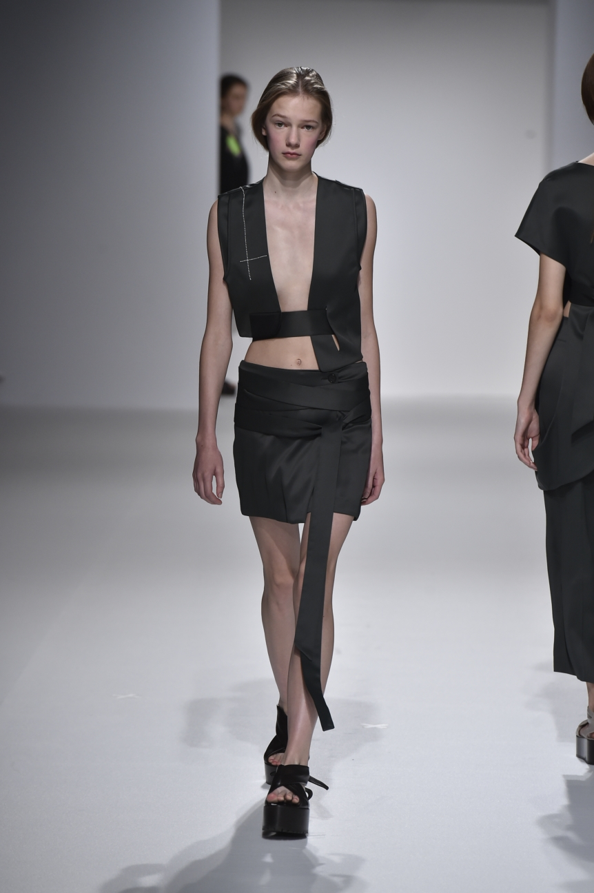 chalayan-look-23