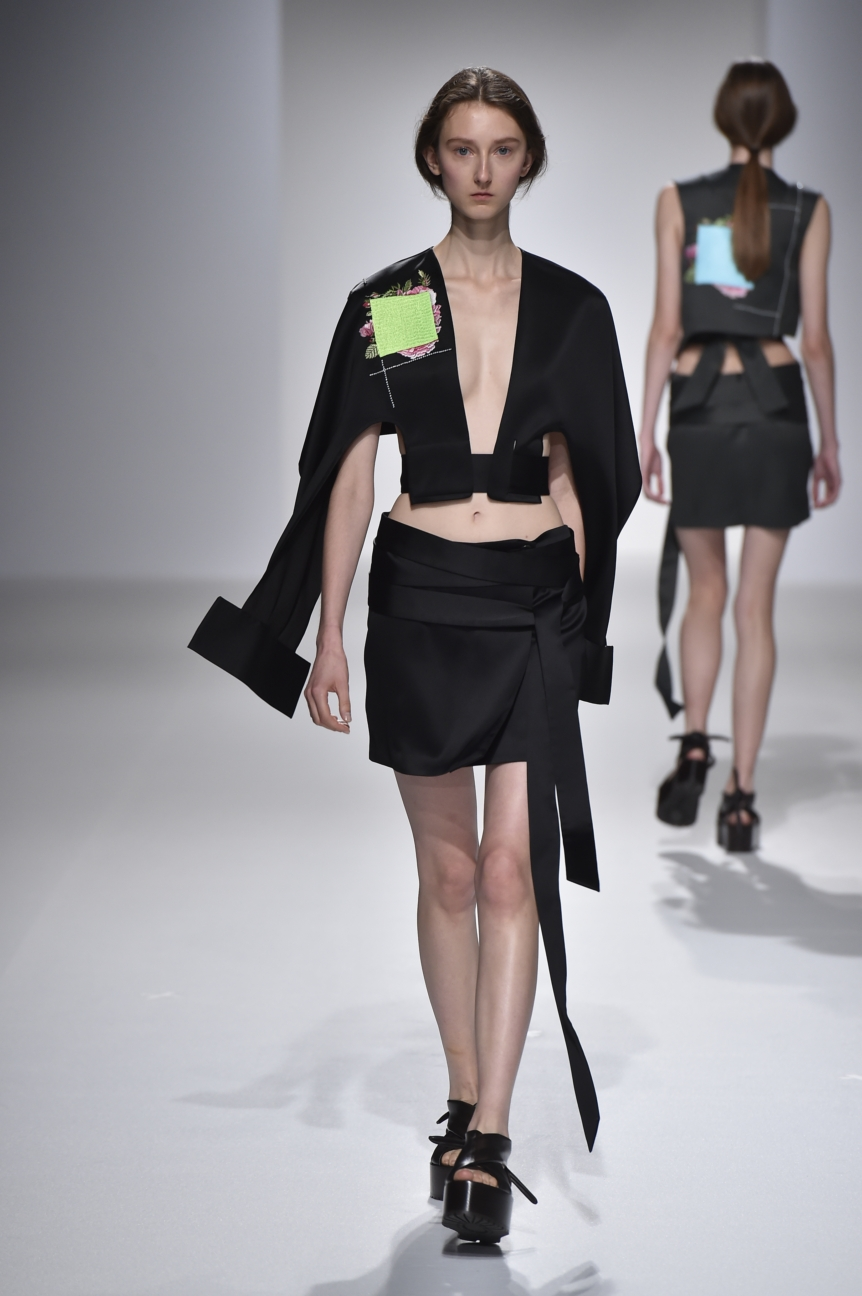 chalayan-look-24