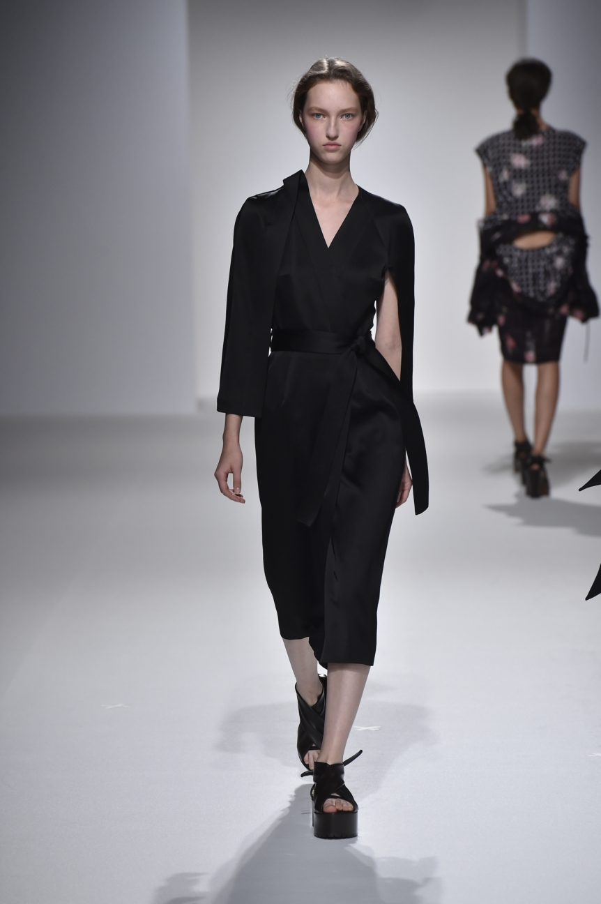 chalayan-look-29