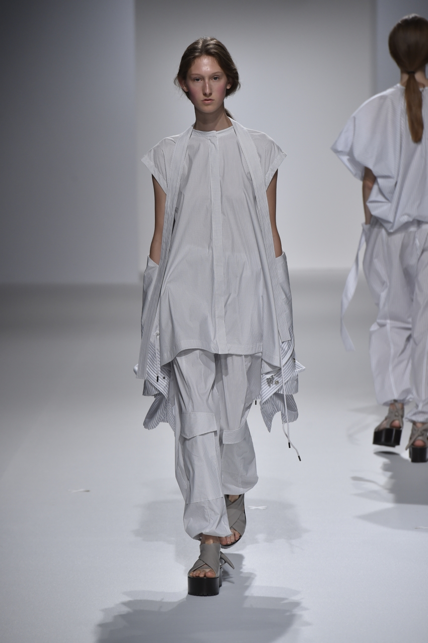 chalayan-look-3