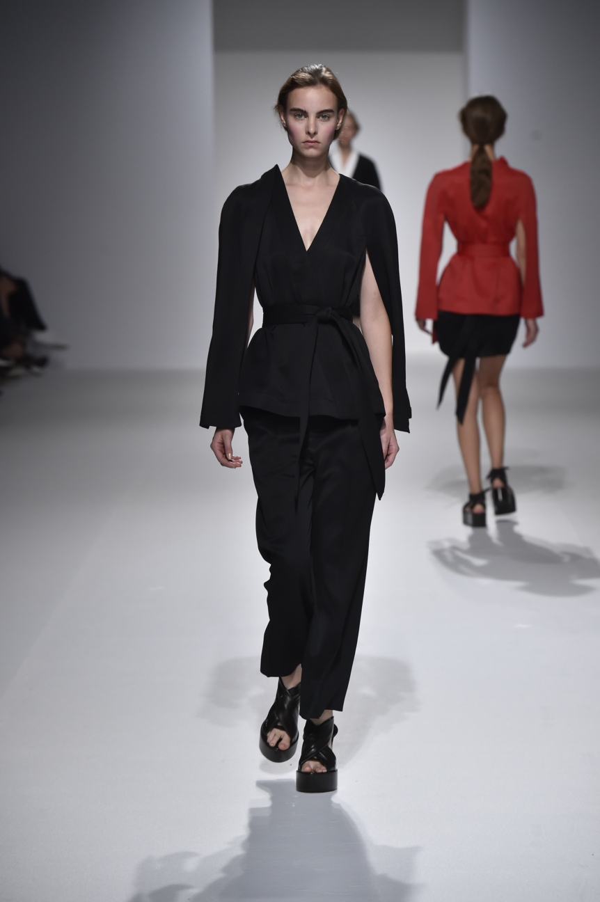 chalayan-look-31