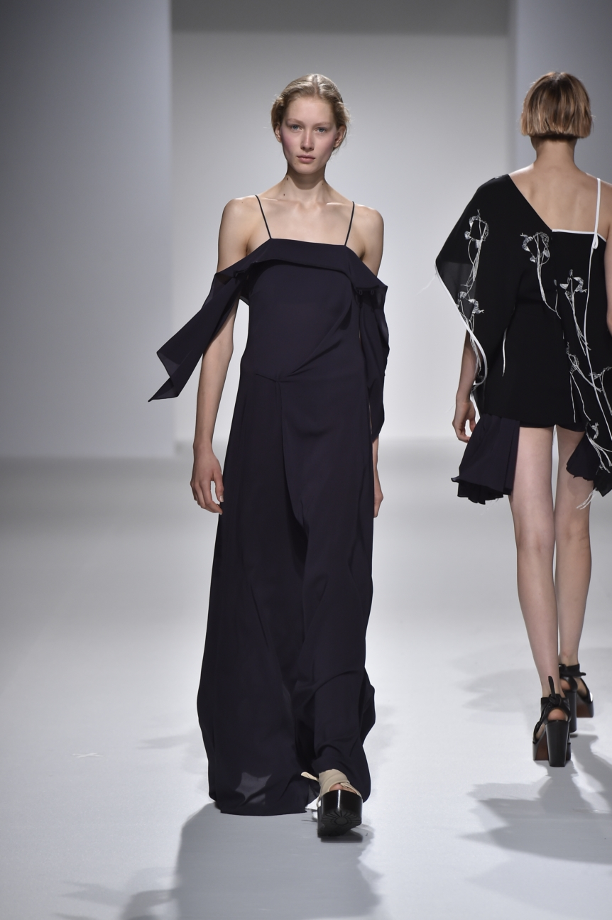 chalayan-look-37