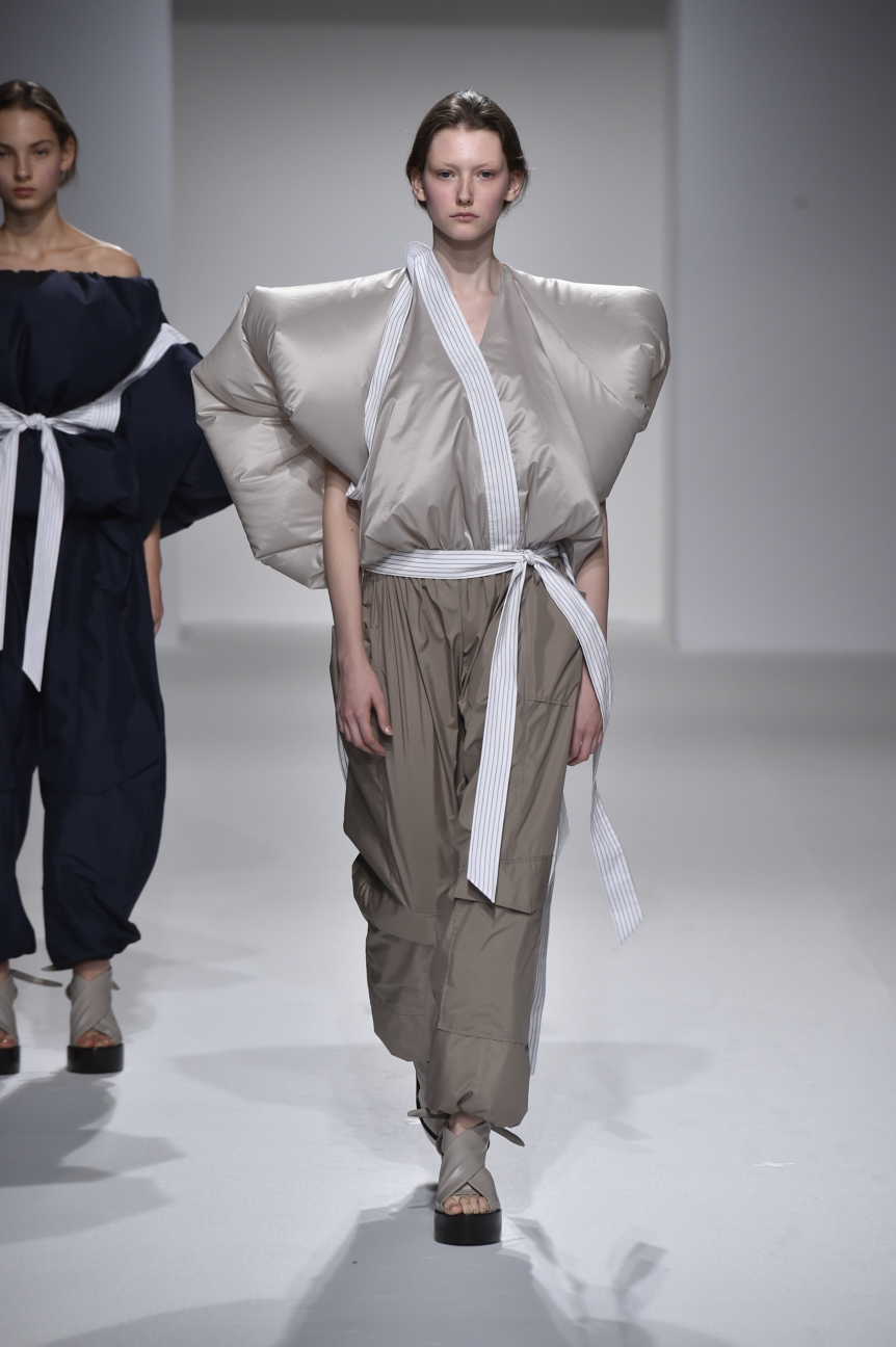 chalayan-look-44