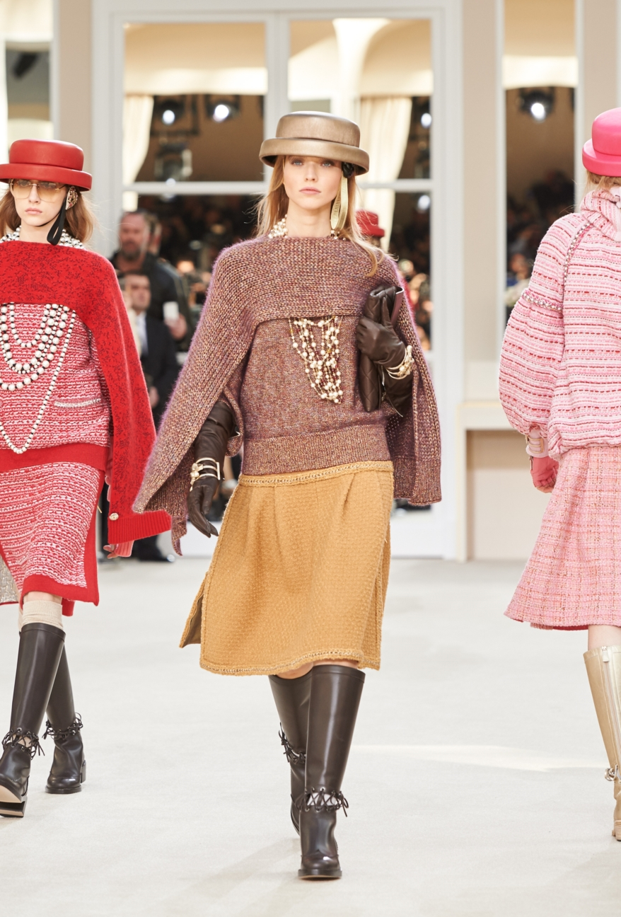 chanel-paris-fashion-week-autumn-winter-2016-runway-19