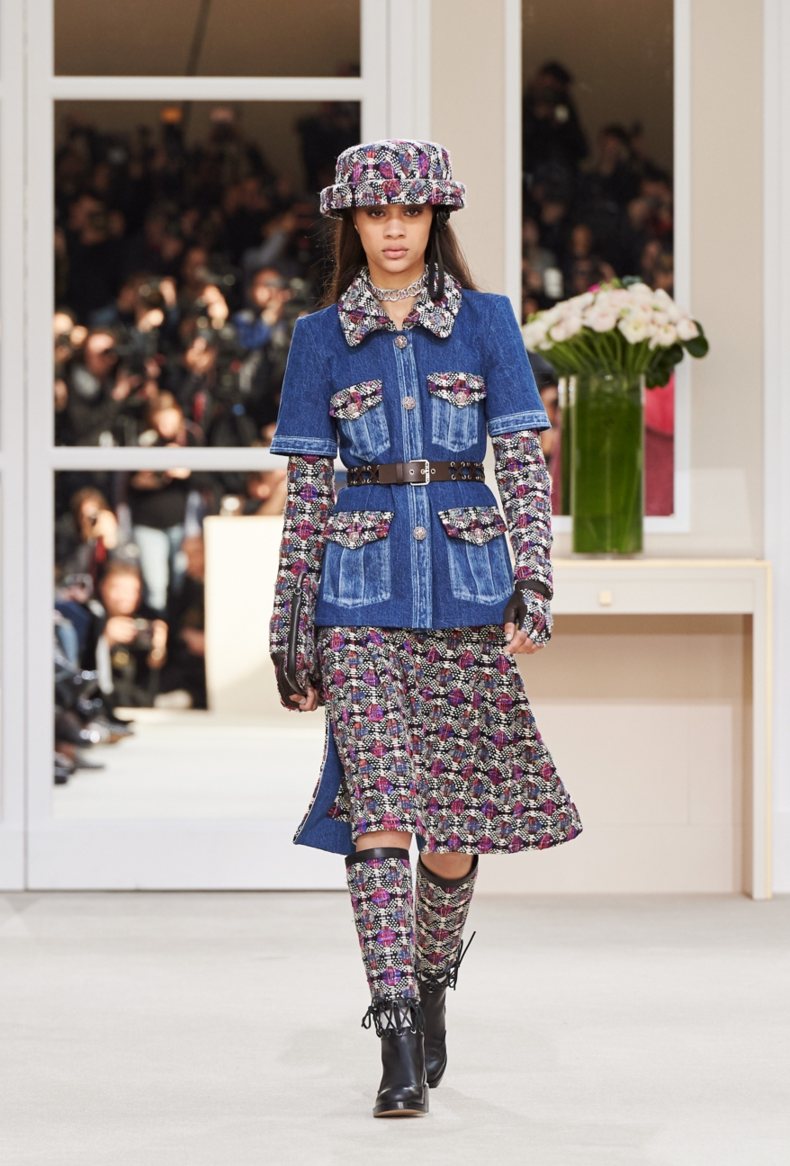 chanel-paris-fashion-week-autumn-winter-2016-runway-4