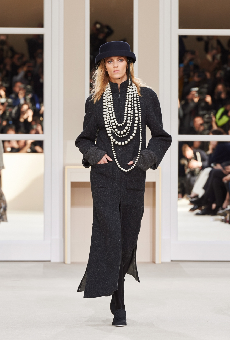 chanel-paris-fashion-week-autumn-winter-2016-runway-46