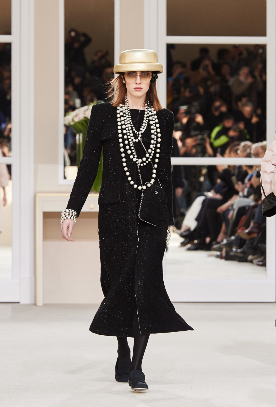 chanel-paris-fashion-week-autumn-winter-2016-runway-54