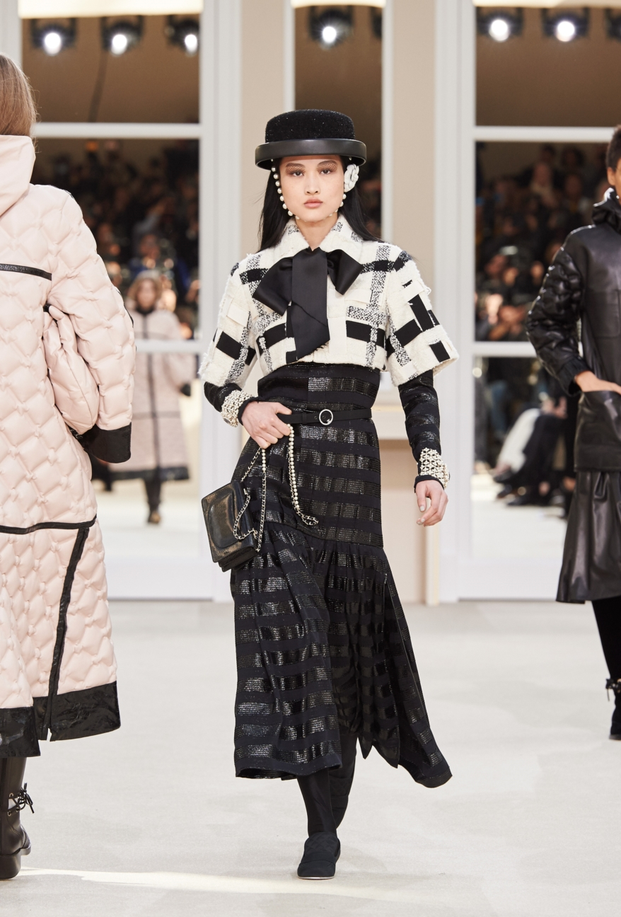 chanel-paris-fashion-week-autumn-winter-2016-runway-56
