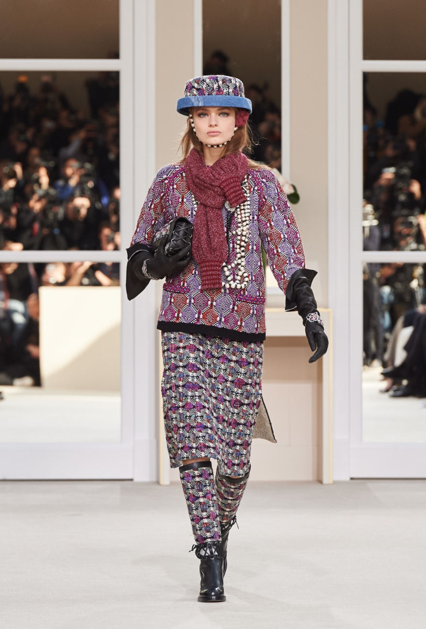 chanel-paris-fashion-week-autumn-winter-2016-runway-6