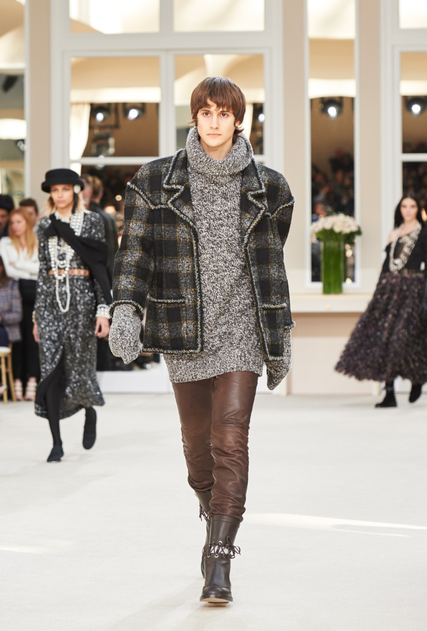 chanel-paris-fashion-week-autumn-winter-2016-runway-77