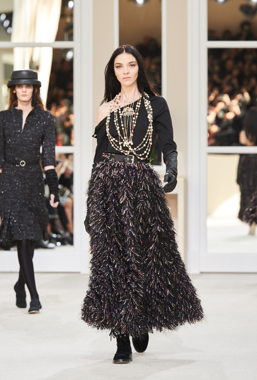 chanel-paris-fashion-week-autumn-winter-2016-runway-79