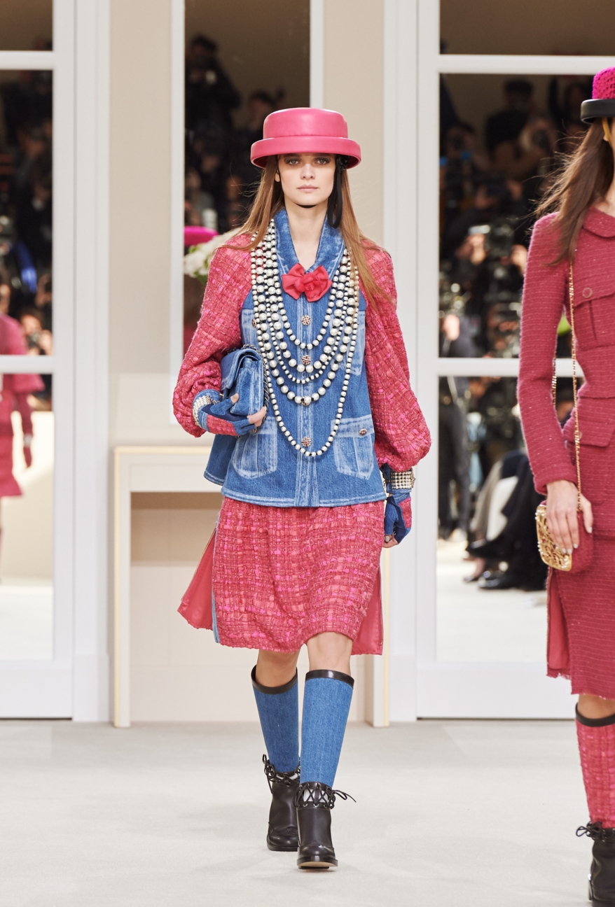 chanel-paris-fashion-week-autumn-winter-2016-runway-8