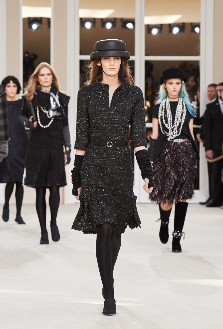 chanel-paris-fashion-week-autumn-winter-2016-runway-80