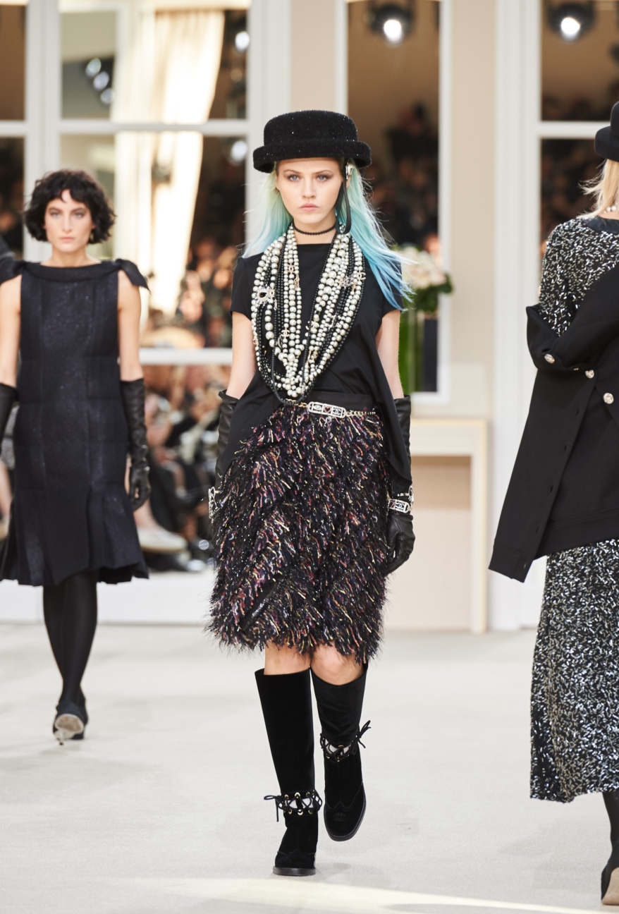 chanel-paris-fashion-week-autumn-winter-2016-runway-81