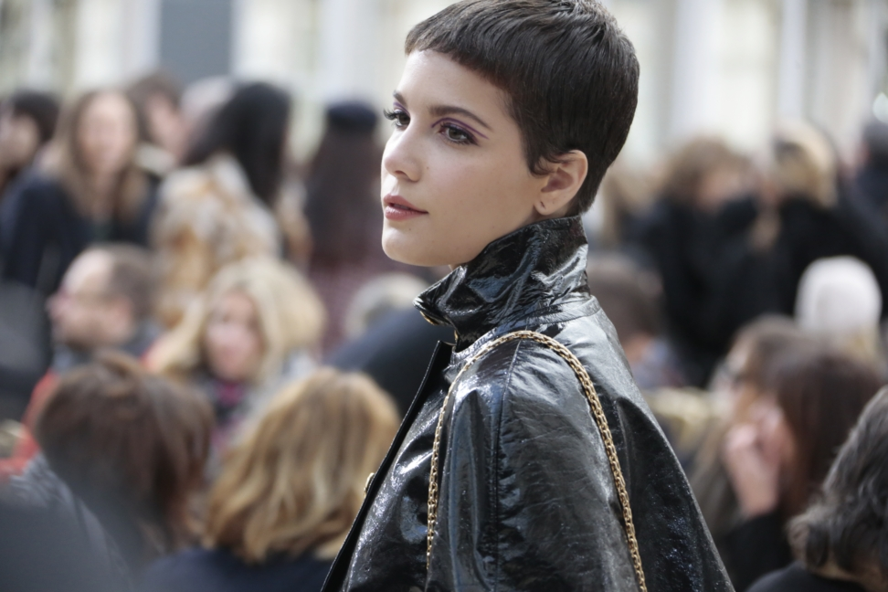 halsey_fall-winter-2016-17-rtw-show_celebrities-pictures-by-anne-combaz_march-8th-2016