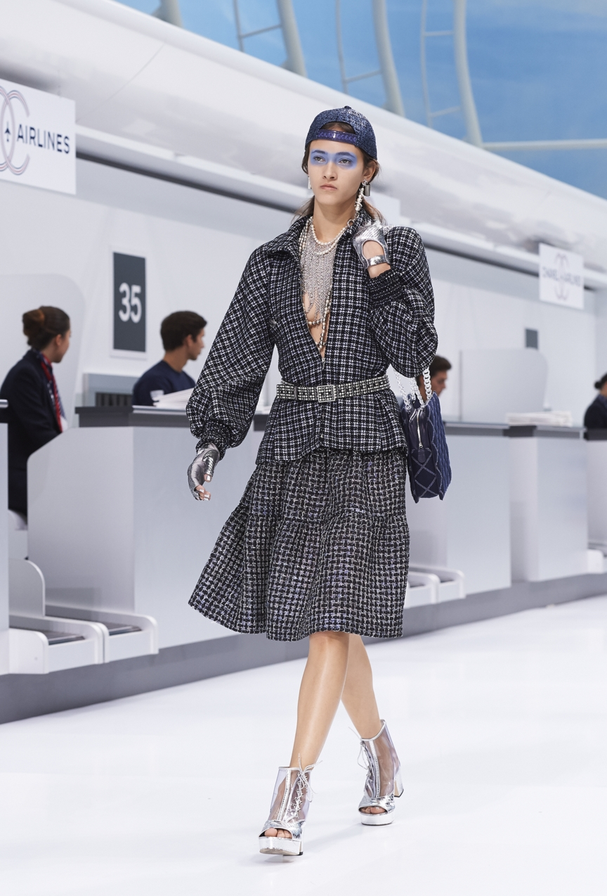 chanel-paris-fashion-week-spring-summer-2016-show-11
