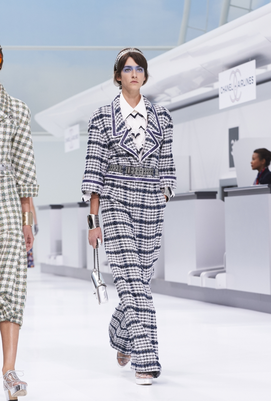chanel-paris-fashion-week-spring-summer-2016-show-14