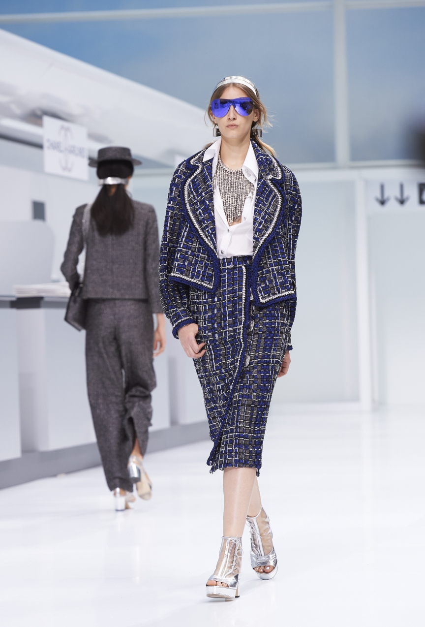 chanel-paris-fashion-week-spring-summer-2016-show-19