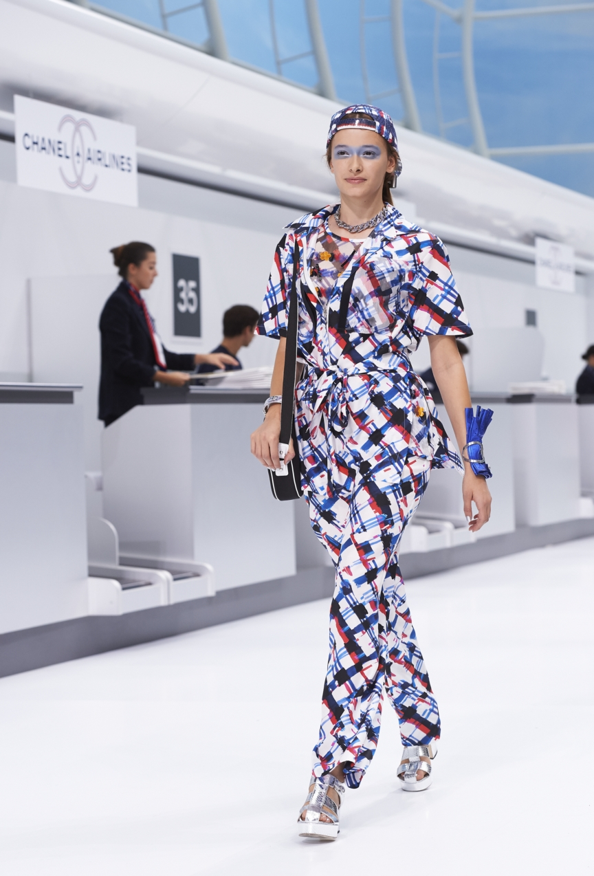 chanel-paris-fashion-week-spring-summer-2016-show-21