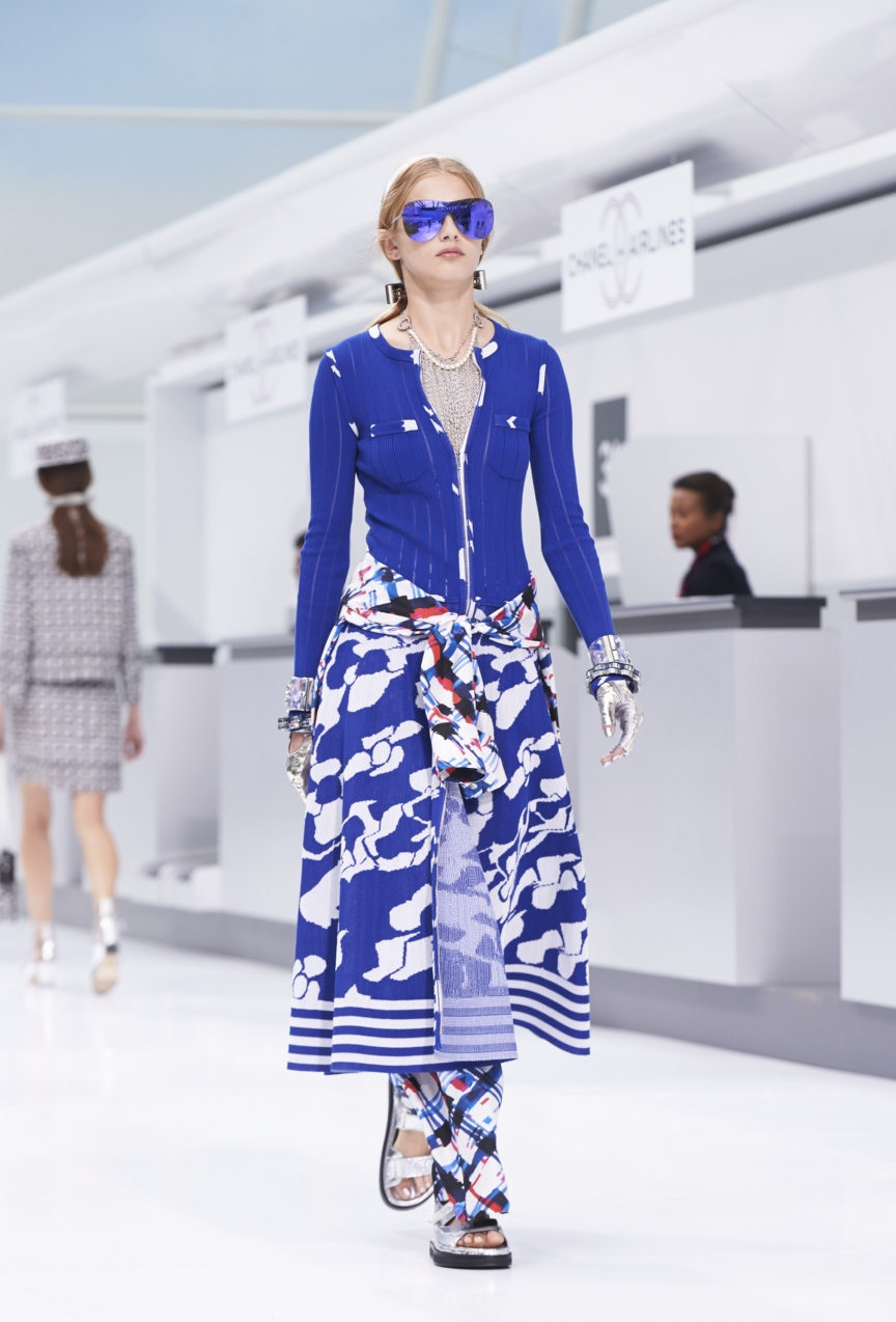 chanel-paris-fashion-week-spring-summer-2016-show-24
