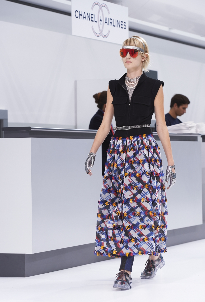 chanel-paris-fashion-week-spring-summer-2016-show-31