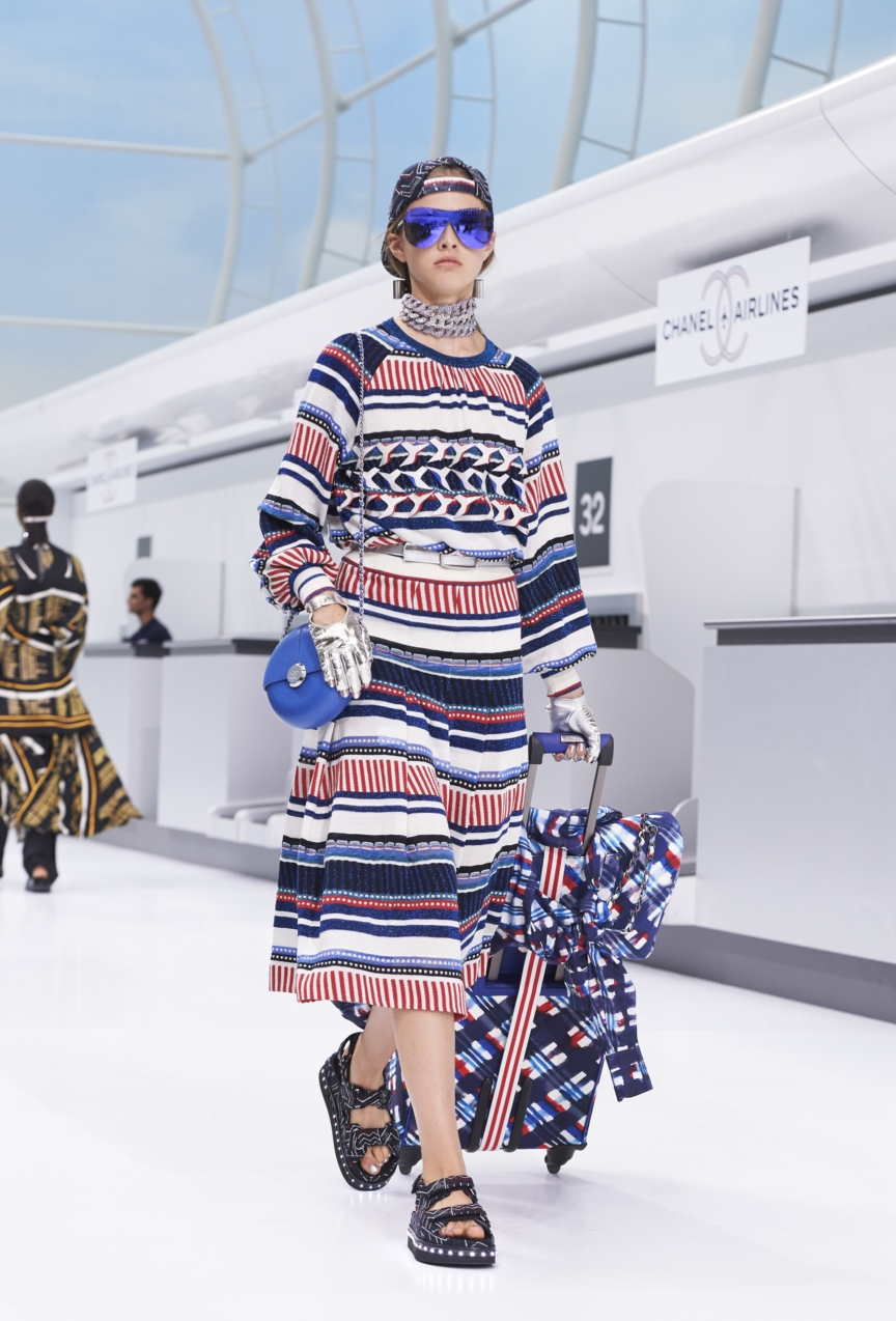 chanel-paris-fashion-week-spring-summer-2016-show-32