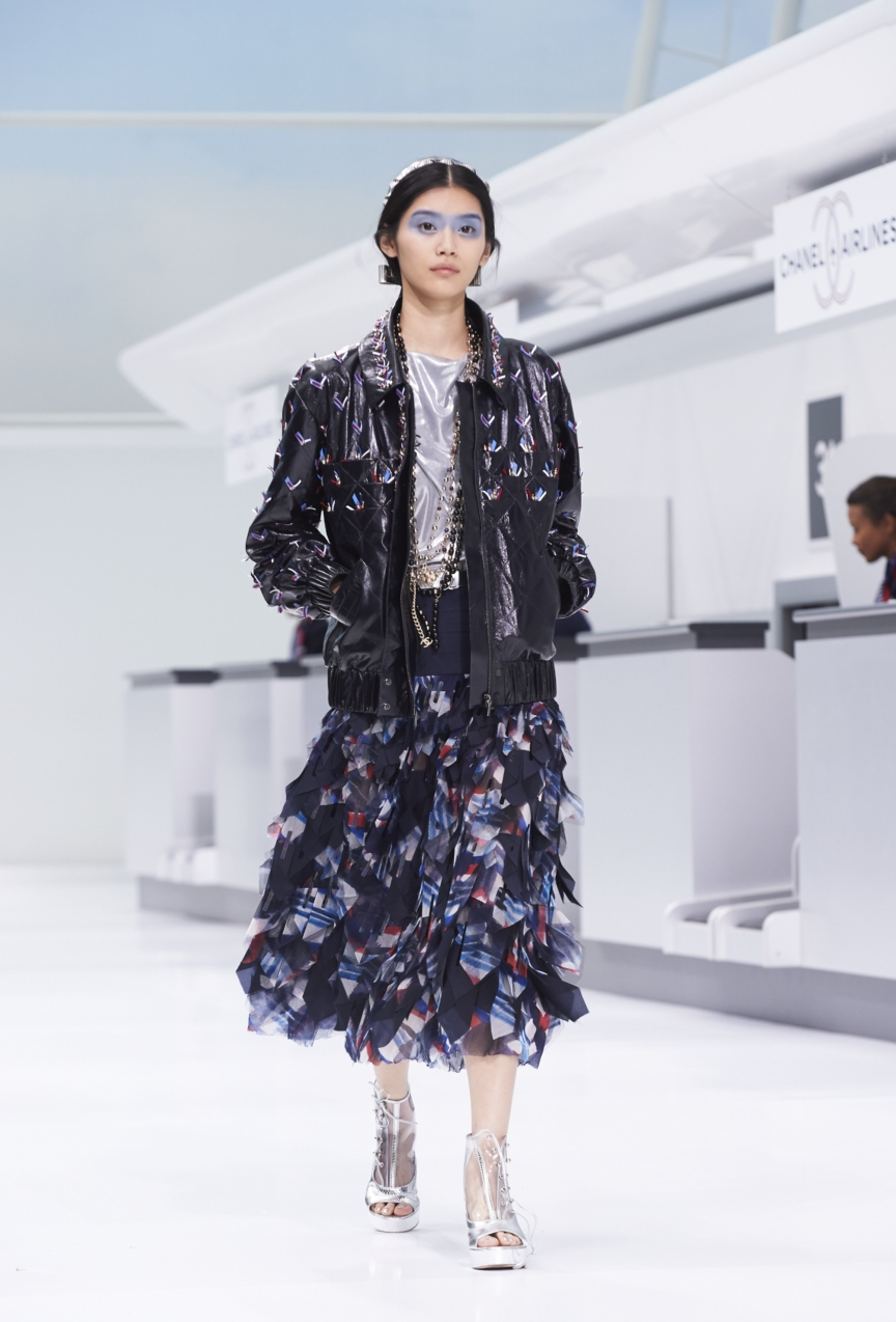 chanel-paris-fashion-week-spring-summer-2016-show-34