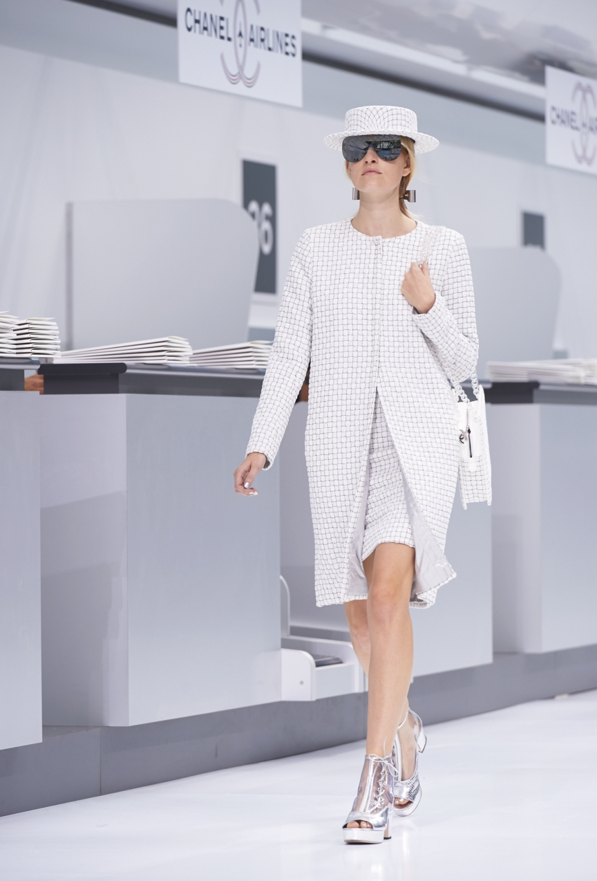 chanel-paris-fashion-week-spring-summer-2016-show-37