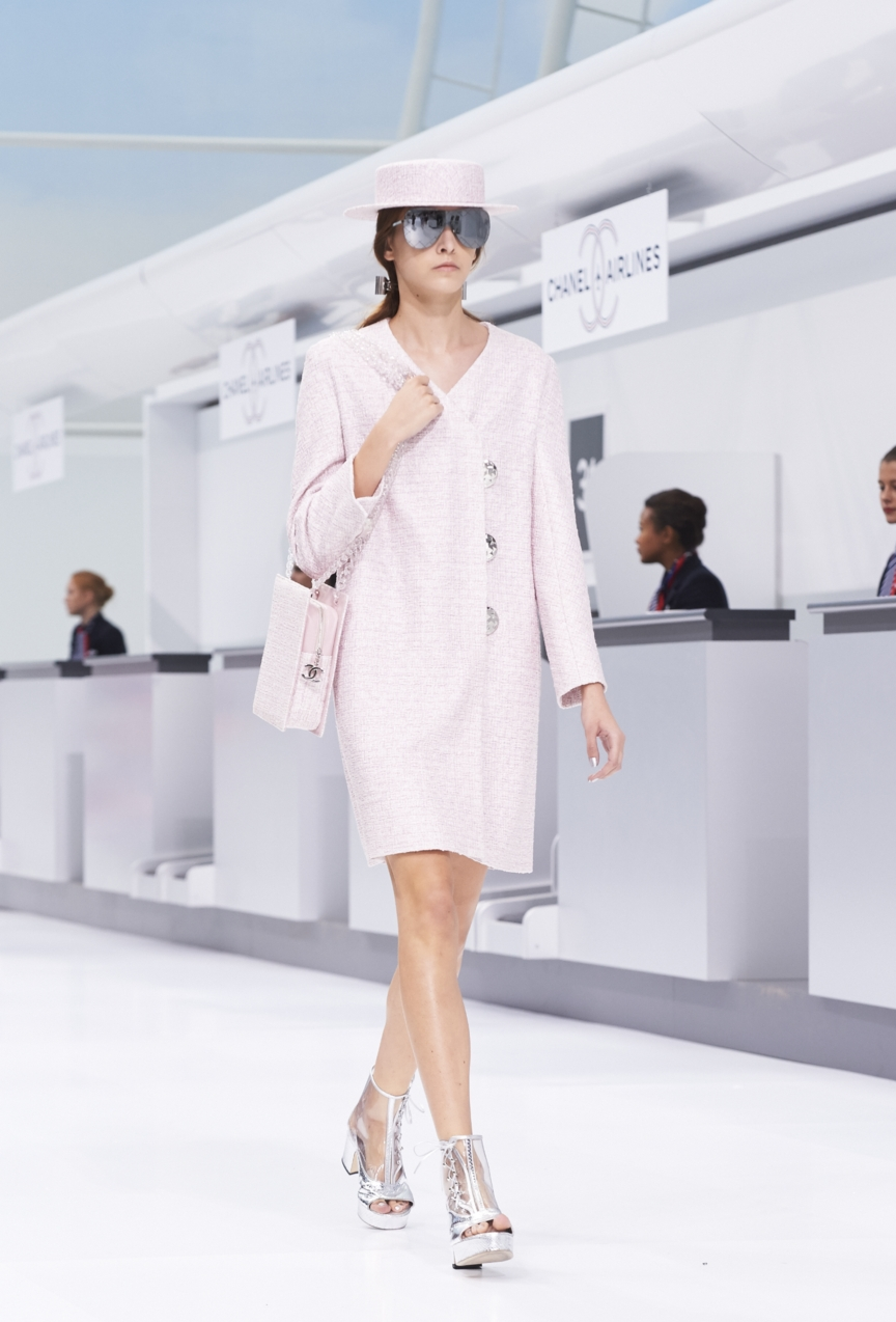 chanel-paris-fashion-week-spring-summer-2016-show-40